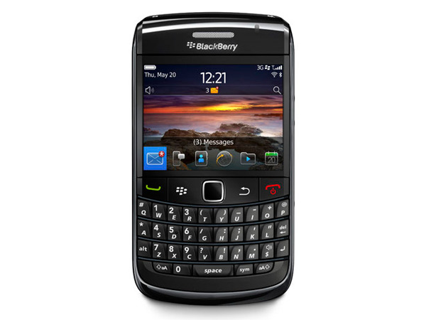 Blackberry Bold 9780 Front View