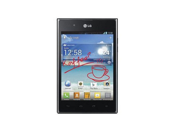 LG Optimus VU P895 Front View